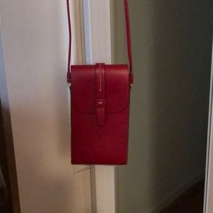 Gap crossbody phone bag red
